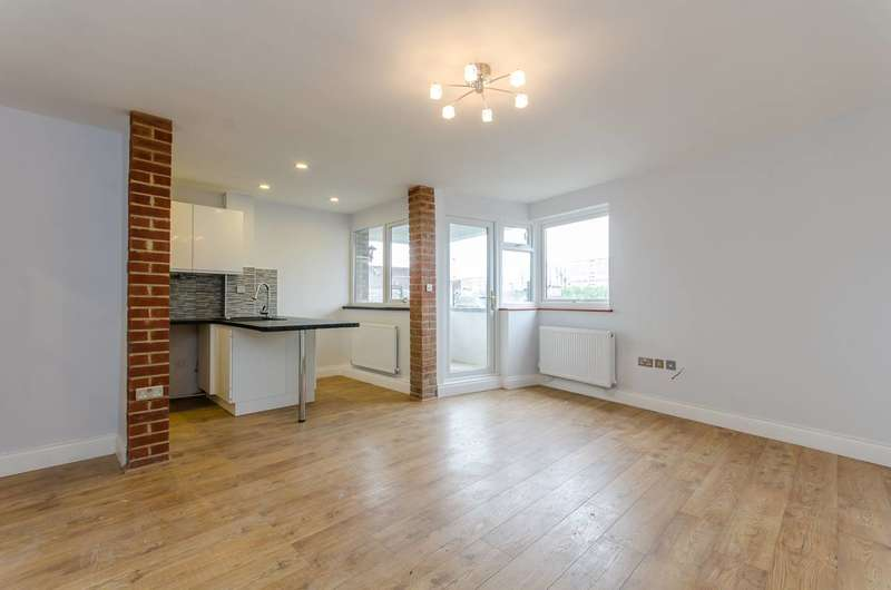 1 Bedroom Flat for sale in Ellery House, Elephant and Castle, SE17