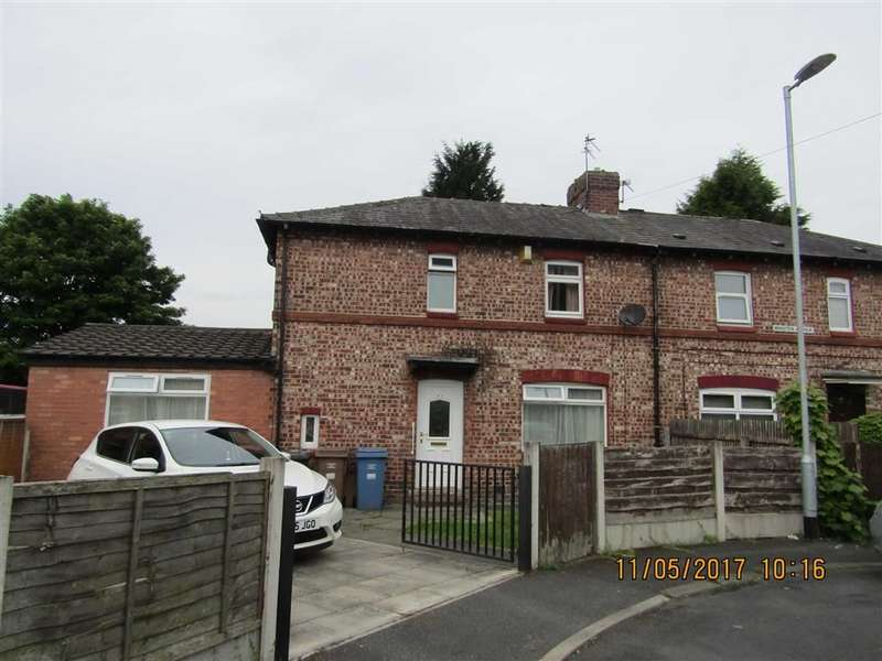 4 Bedrooms Property for sale in Winster Ave, Salford