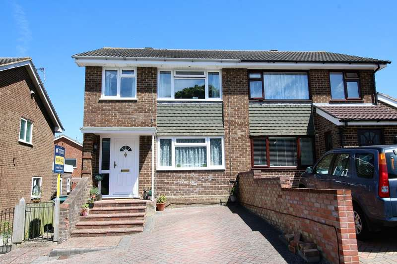 3 Bedrooms Semi Detached House for sale in Coates Close, Brighton Hill, Basingstoke, RG22