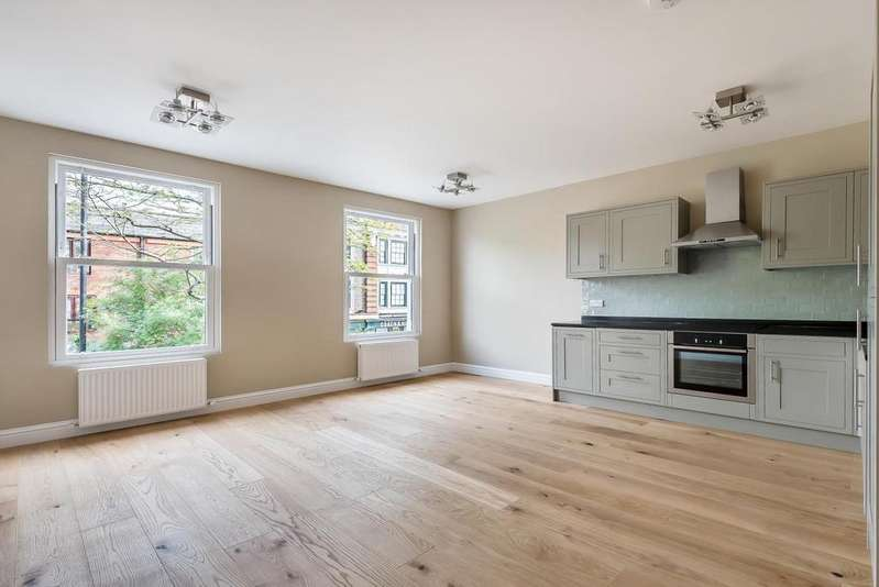 1 Bedroom Apartment Flat for sale in CLAPHAM PARK ROAD, SW4