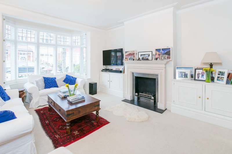 4 Bedrooms Terraced House for sale in Muncaster Road, Battersea, London