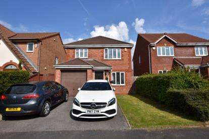 3 Bedrooms Detached House for sale in Rannoch Drive, Cherry Tree, Blackburn, Lancs