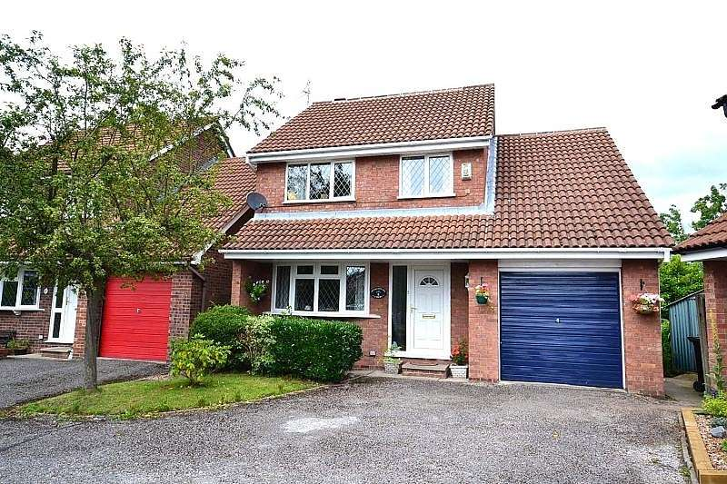 4 Bedrooms Detached House for sale in Shakespeare Court, Macclesfield