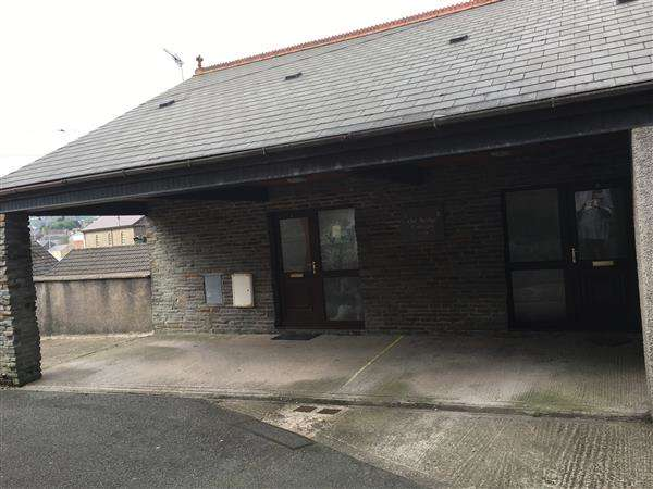Studio Flat for sale in Old Bridge Cottages, Fish Lane, Pontypridd