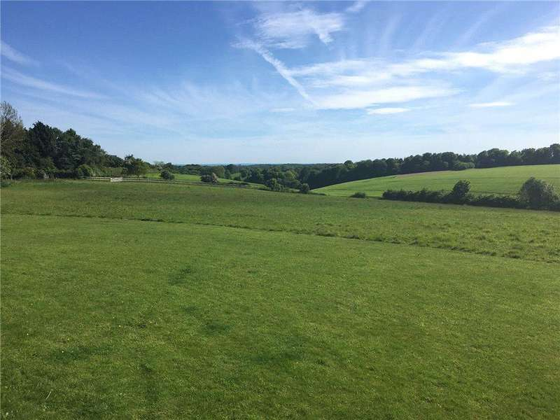 4 Bedrooms Detached House for sale in Northend, Henley-On-Thames, Buckinghamshire, RG9