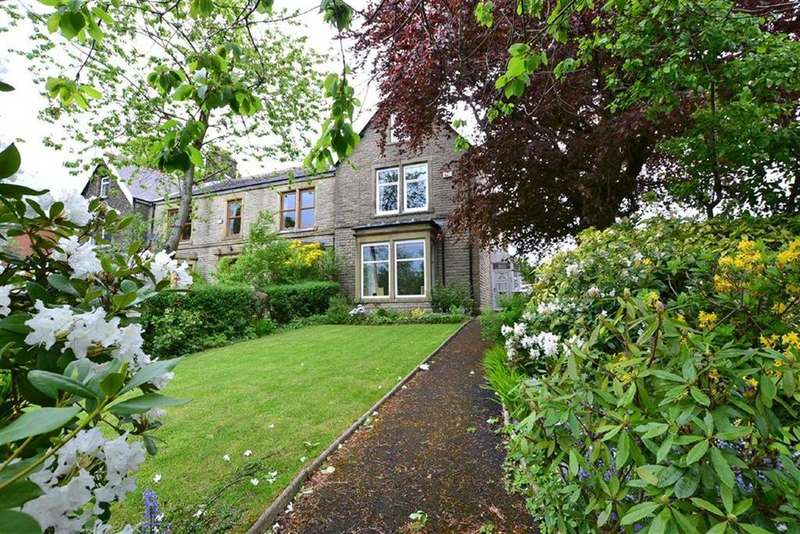 5 Bedrooms Terraced House for sale in Padiham Road, Burnley, Lancashire