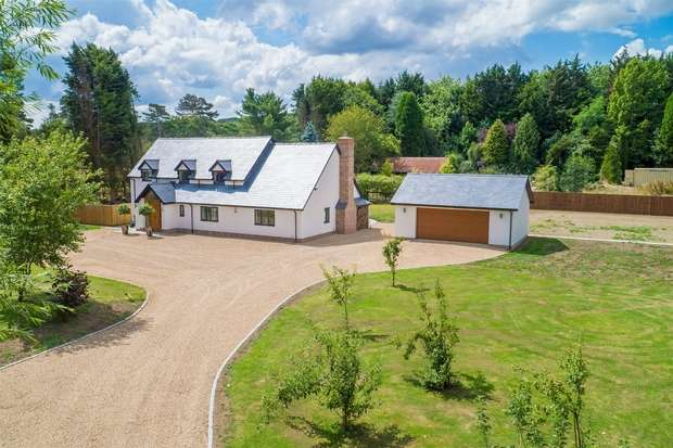 4 Bedrooms Country House Character Property for sale in Wendover Dean, Nr. Wendover, Buckinghamshire