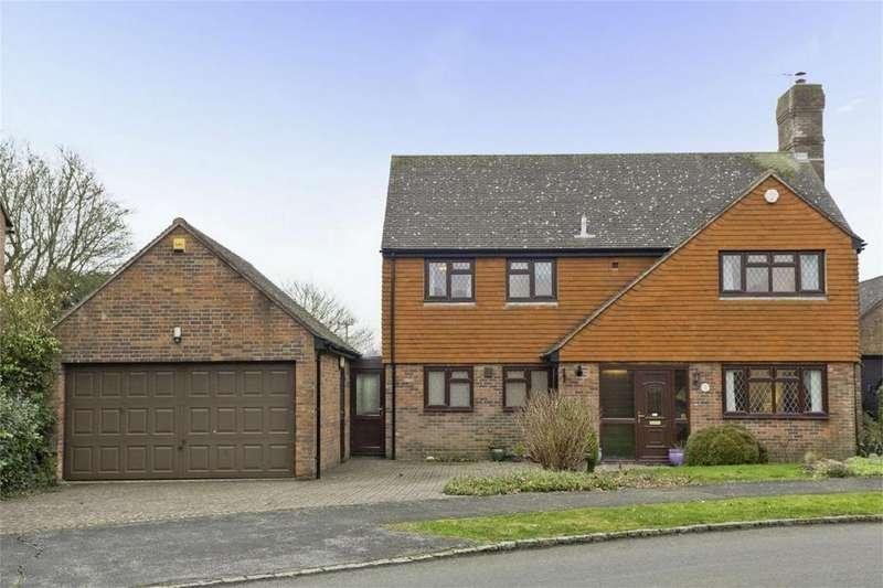 4 Bedrooms Detached House for sale in Sadlers Way, Ringmer