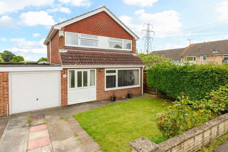 4 Bedrooms House for sale in Brackley Close, Maidstone, ME14