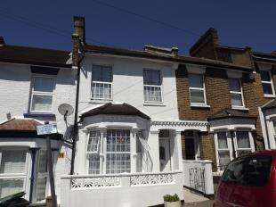 3 Bedrooms Terraced House for sale in Harvard Road, London