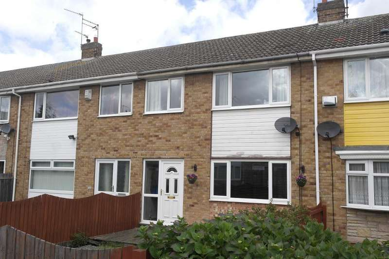 3 Bedrooms Terraced House for sale in Marsdale, Sutton Park, Hull, HU7 4AG