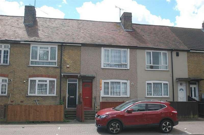4 Bedrooms Terraced House for sale in Cornwallis Avenue, Gillingham, Kent