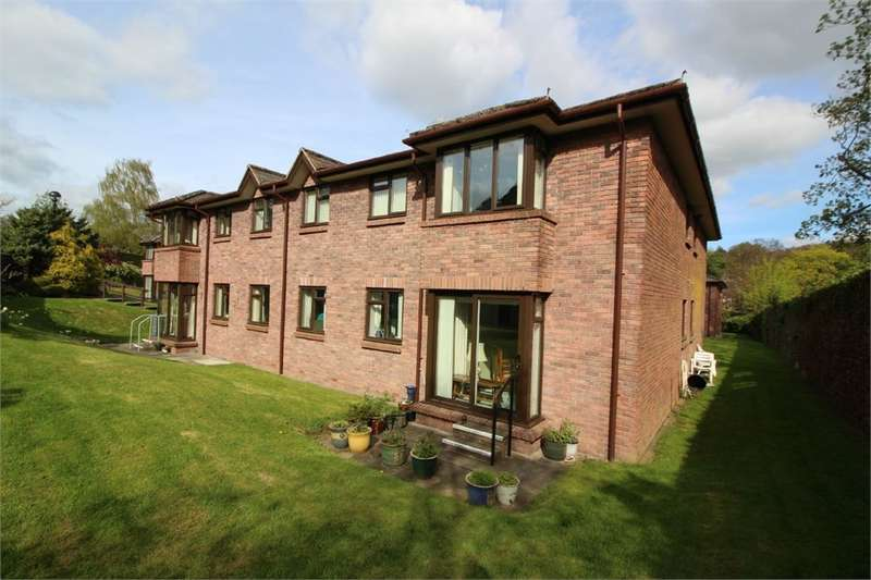2 Bedrooms Ground Flat for sale in Priory Gardens, ABERGAVENNY, Monmouthshire, NP7