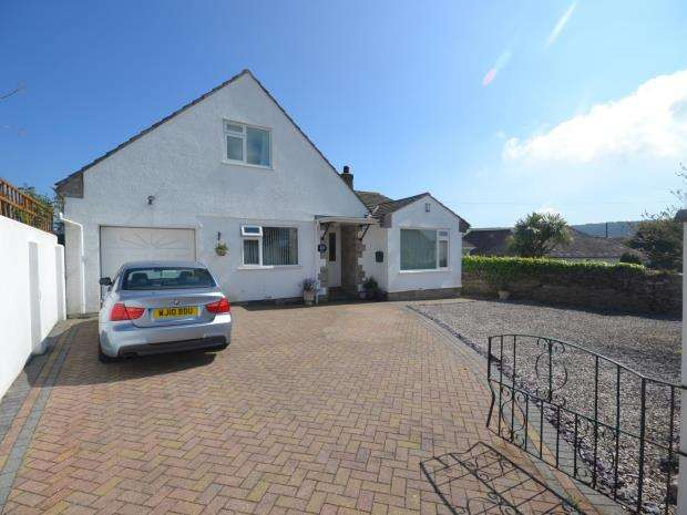 3 Bedrooms Detached Bungalow for sale in Langley Avenue, Brixham, Devon