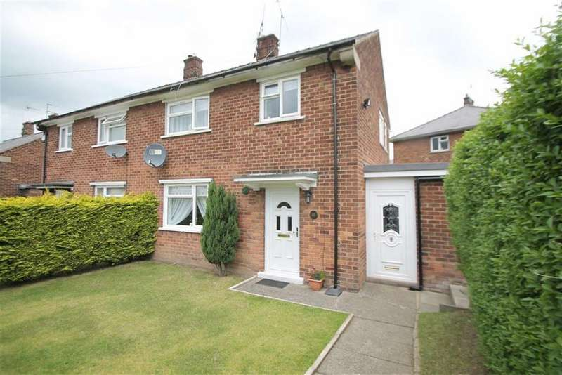 3 Bedrooms Semi Detached House for sale in Ferndale, Wrexham