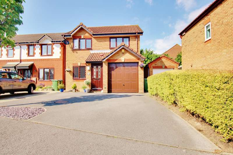 3 Bedrooms Detached House for sale in Hulton Close, Waterside Park