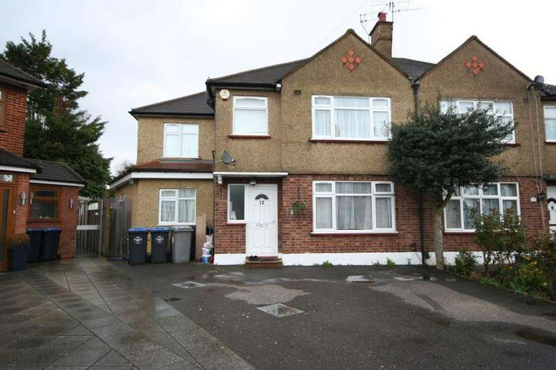 4 Bedrooms Semi Detached House for sale in Palace Court, Kenton HA3 0SN