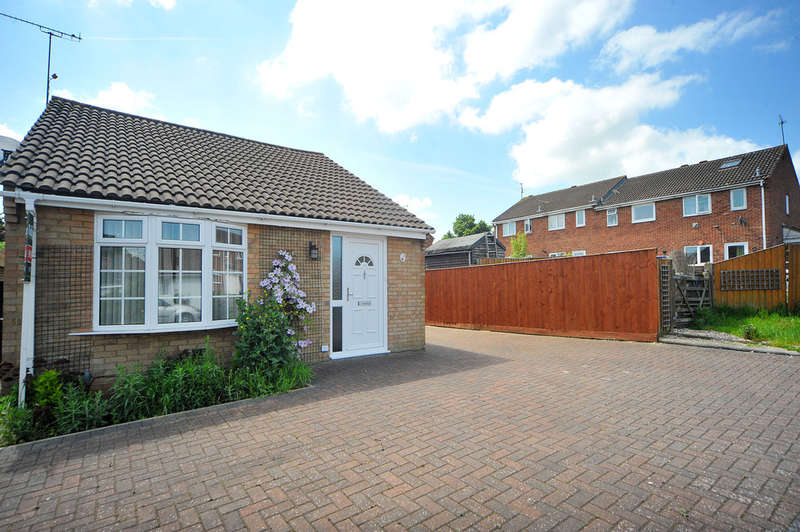 2 Bedrooms Detached Bungalow for sale in Ravenglass Road, Westlea