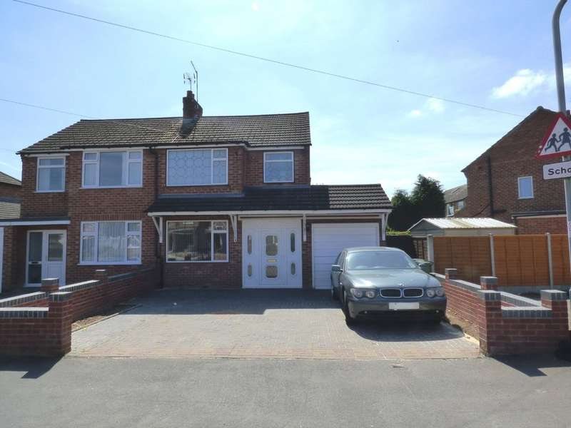 3 Bedrooms Semi Detached House for sale in Moorhill Road, Whitnash