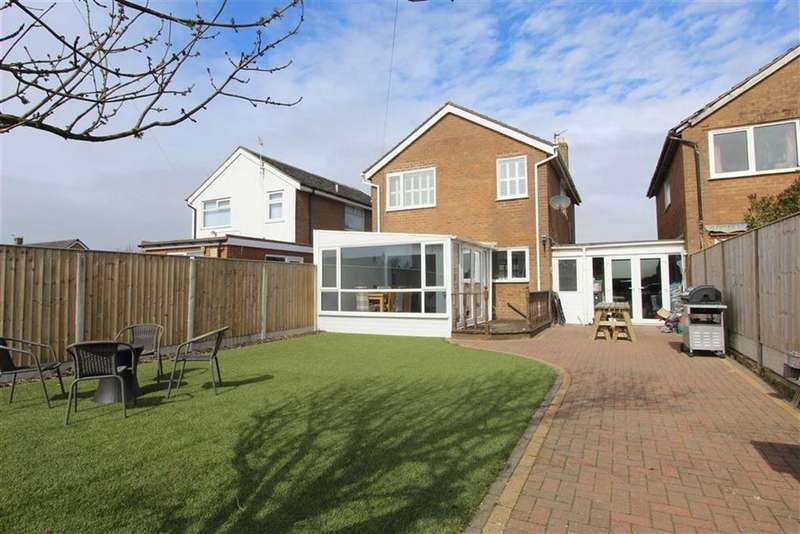 3 Bedrooms Detached House for sale in Highbury Road West, Lytham St Annes, Lancashire