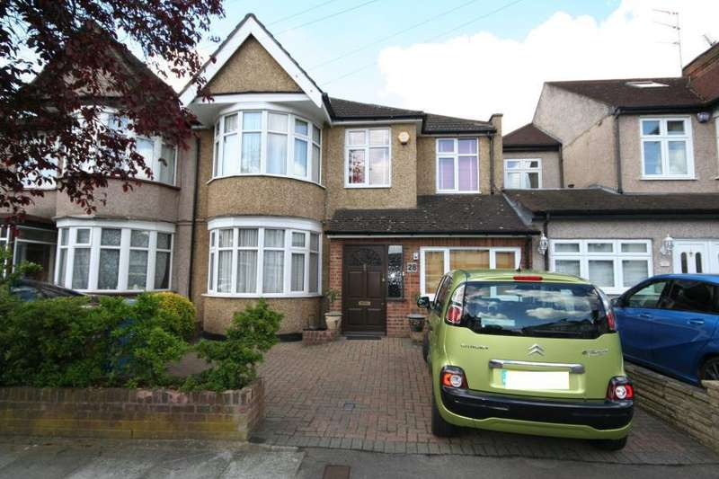 4 Bedrooms Semi Detached House for sale in Alicia Gardens, Kenton HA3 8JE