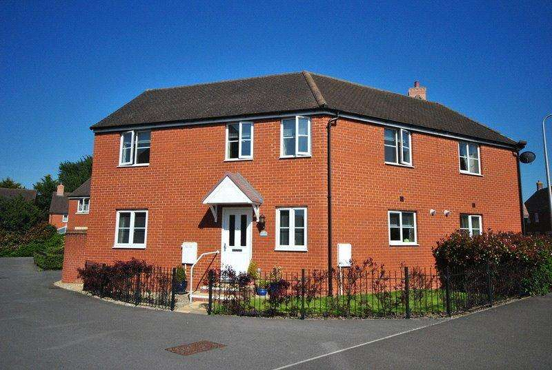 3 Bedrooms Semi Detached House for sale in Kent Avenue, West Wick, Weston-super-Mare, Somerset, BS24