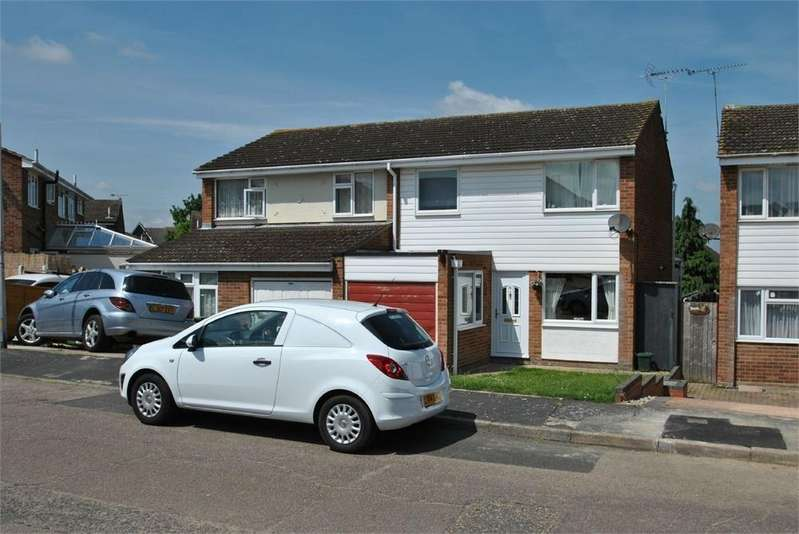 4 Bedrooms Semi Detached House for sale in Keyes Way, BRAINTREE, Essex