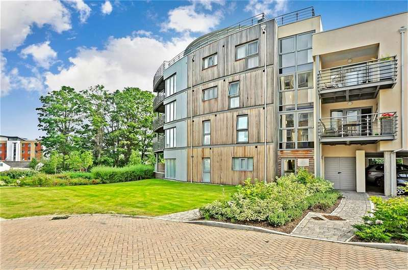 3 Bedrooms Penthouse Flat for sale in Cornhill Place, Maidstone, Kent