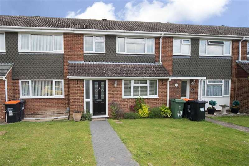 3 Bedrooms Property for sale in Salters Way, Dunstable, Bedfordshire, LU6