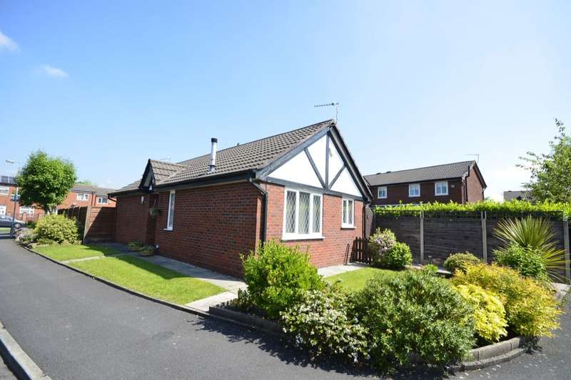 2 Bedrooms Detached Bungalow for sale in Spindle Croft, Farnworth, Bolton, BL4