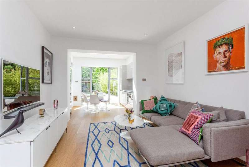 2 Bedrooms Terraced House for sale in Upper Park Road, Belsize Park, London, NW3