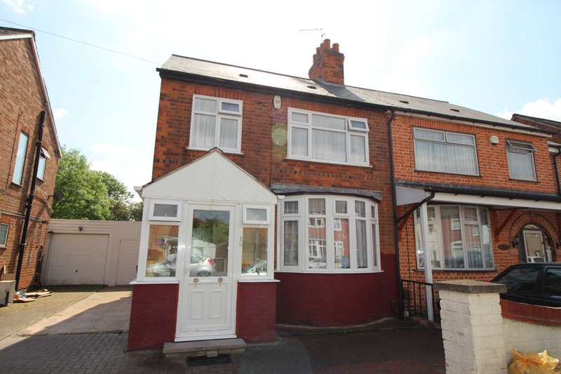 4 Bedrooms Semi Detached House for sale in Roseneath Avenue, Rushey Mead, Leicester