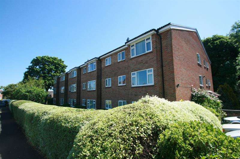 1 Bedroom Retirement Property for sale in Holly Drive, Waterlooville