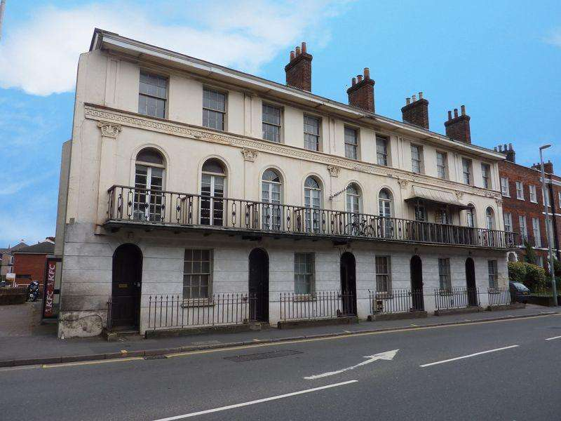1 Bedroom Flat for sale in Alphington Street, EXETER