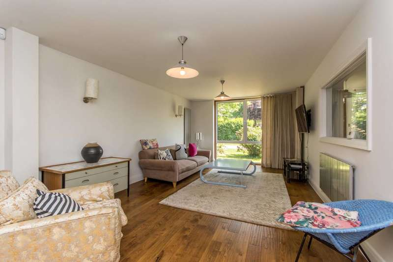 4 Bedrooms Terraced House for sale in St Hildas Close, Brondesbury Park, NW6
