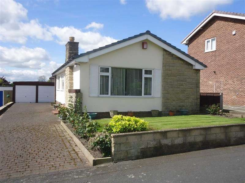 3 Bedrooms Detached Bungalow for sale in Wynford Way, Bradford, West Yorkshire, BD12