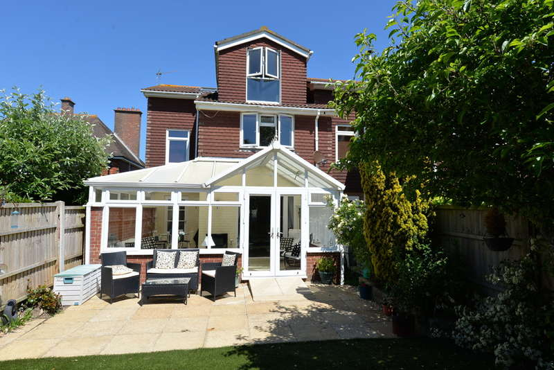 5 Bedrooms Semi Detached House for sale in Milford on Sea