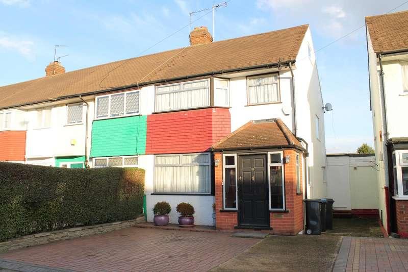 3 Bedrooms Terraced House for sale in Lytton Avenue, Enfield, London, EN3