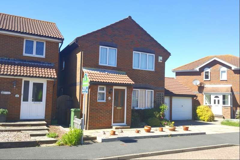 3 Bedrooms Detached House for sale in Pentland Close, Eastbourne, BN23