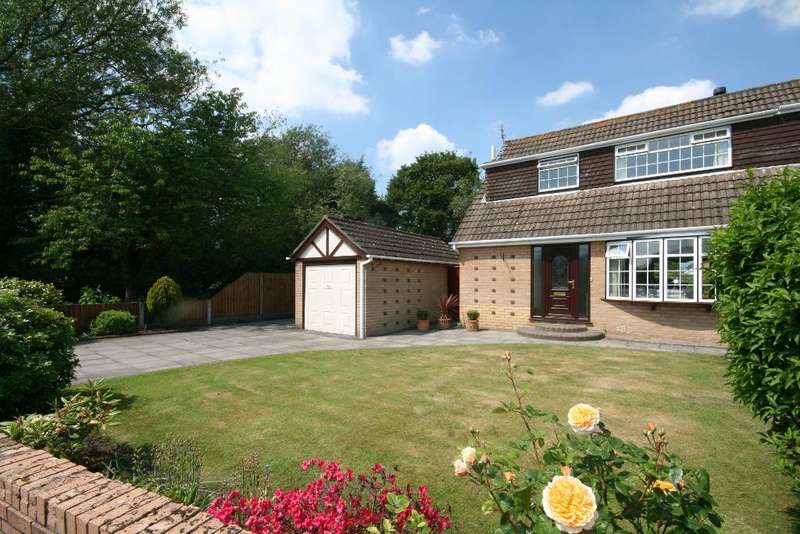 3 Bedrooms Semi Detached House for sale in Fine Janes Way, Churchtown, Southport, PR9 7RH