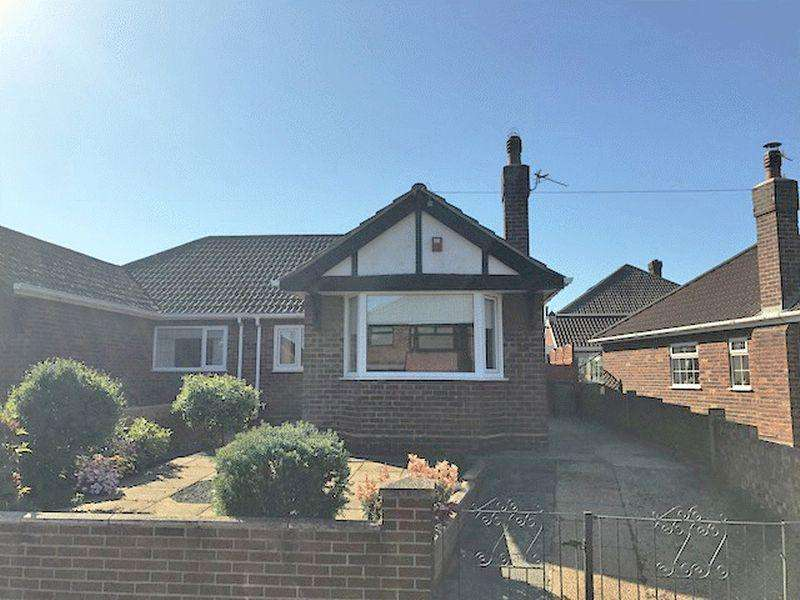 2 Bedrooms Semi Detached Bungalow for sale in WARWICK ROAD, CLEETHORPES