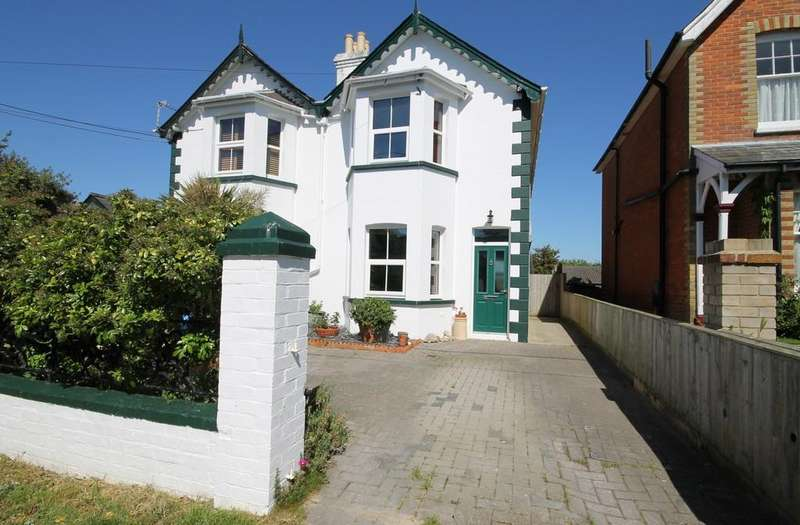 3 Bedrooms Semi Detached House for sale in Freshwater Bay, Isle of Wight
