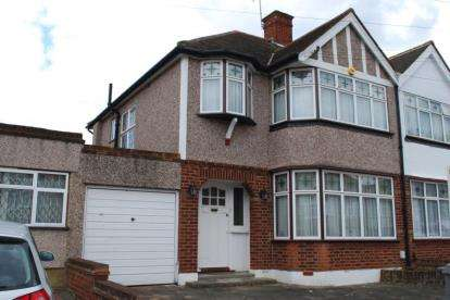 3 Bedrooms Semi Detached House for sale in Crundale Avenue, London