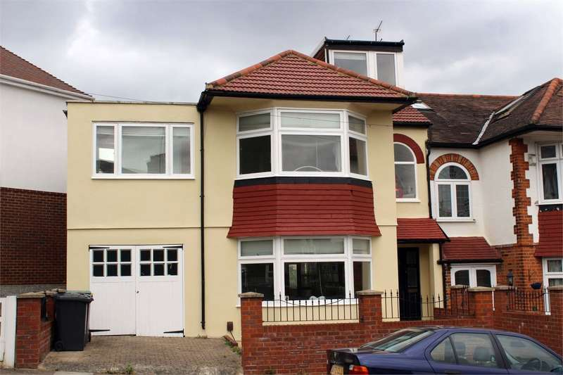 4 Bedrooms Semi Detached House for sale in Woodfield Way, Bounds Green, London