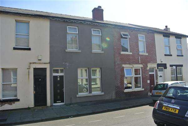 2 Bedrooms Terraced House for sale in Bagot Street, Blackpool