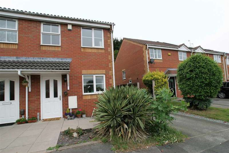 2 Bedrooms Town House for sale in Blandford Close, Longton, Stoke on Trent