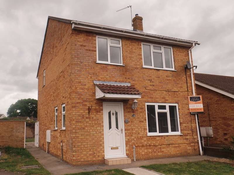 3 Bedrooms Detached House for sale in Crome Road, Clacton on Sea