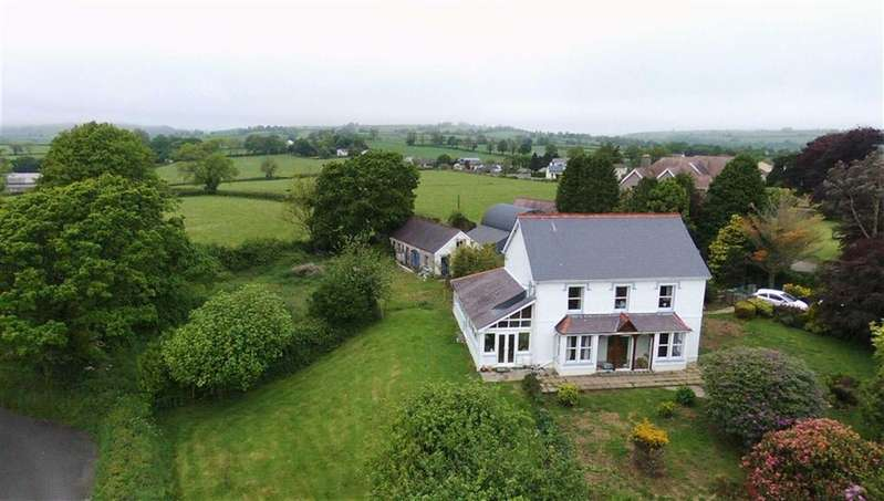 4 Bedrooms Property for sale in Station Road, St Clears