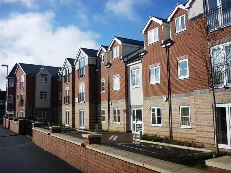 3 Bedrooms Duplex Flat for rent in Roundhay Court, Roundhay, LS8