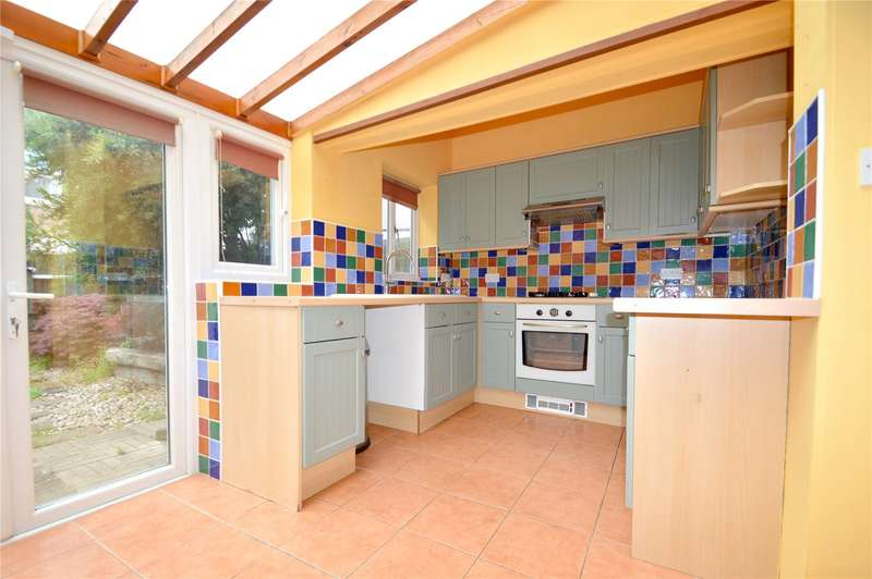 3 Bedrooms Terraced House for sale in Brocklesby Road, South Norwood, London